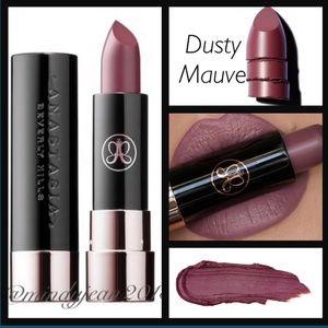 Anastasia Beverly Hills matte Lipstick Dusty Mauve